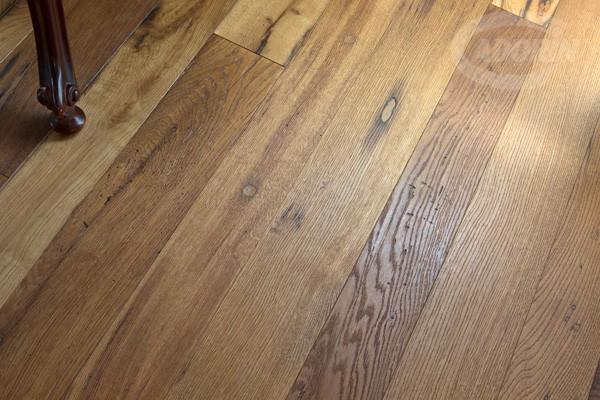Pavimento in legno di rovere antico cadorin
