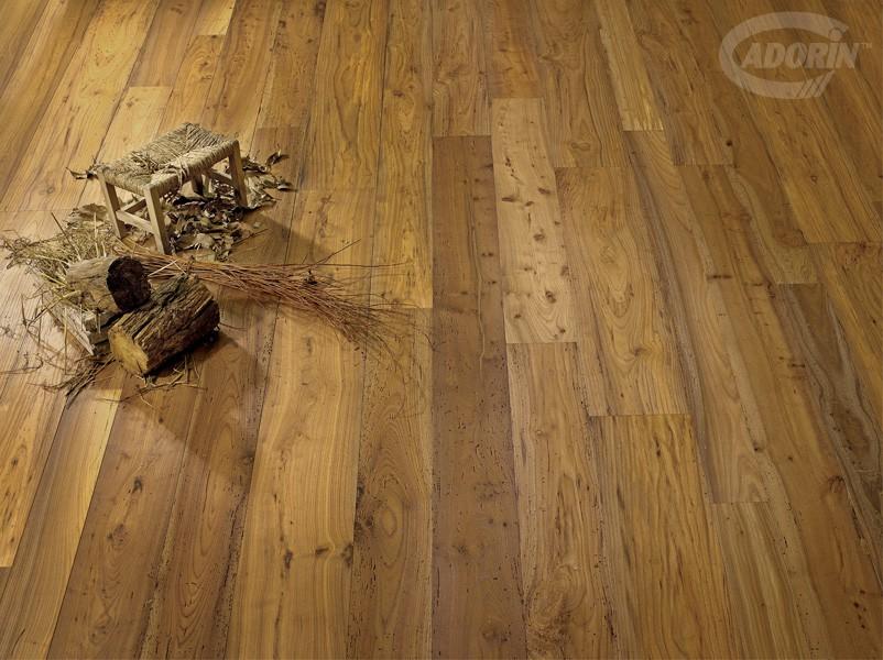 Pavimento a parquet in legno di olmo antico cadorin