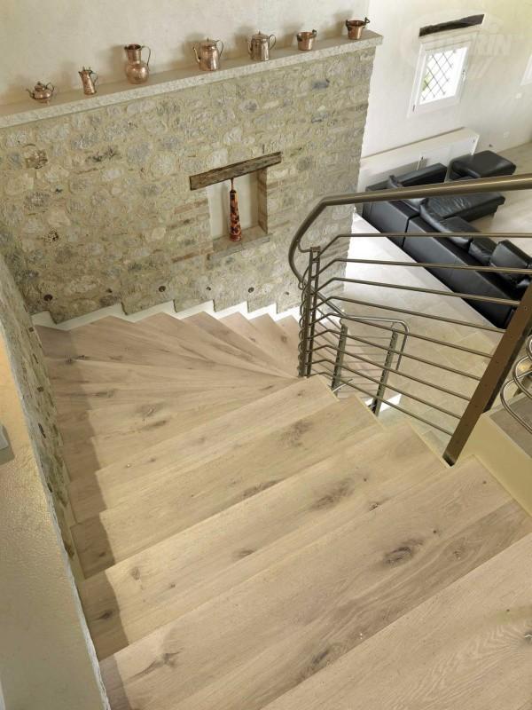 Rivestimenti in legno per scale e gradini by cadorin parquet cadorin - Rivestimento per scale interne ...