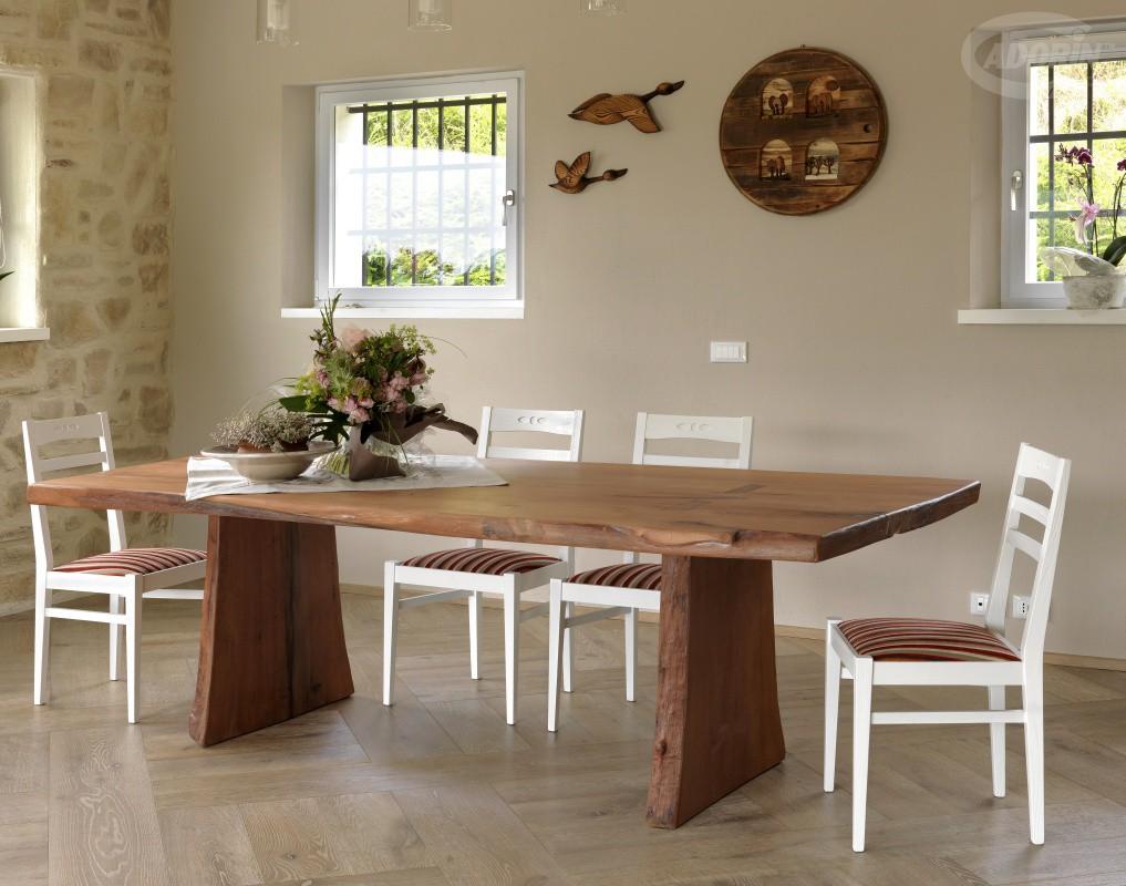 Tavolo in legno sberla de pero toc de toe cadorin for Tavolo da cucina legno