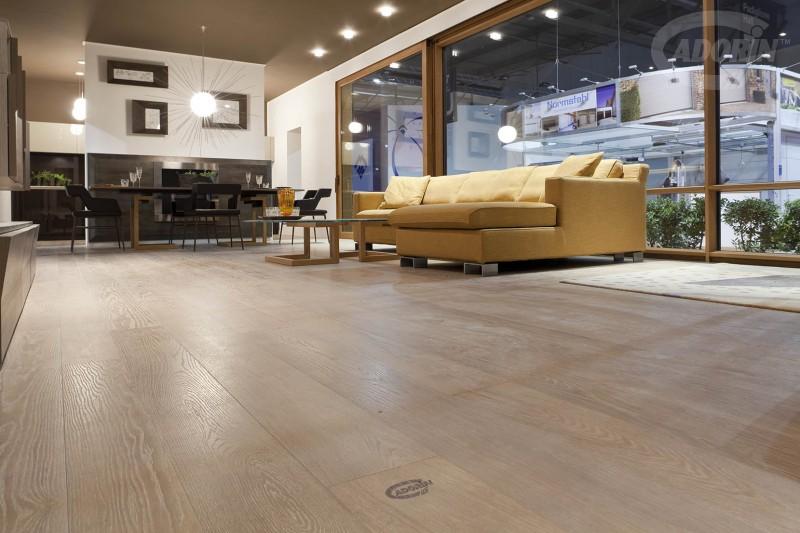 Pavimenti In Legno Rovere : Rovere listoni parquet pavimenti legno elegance