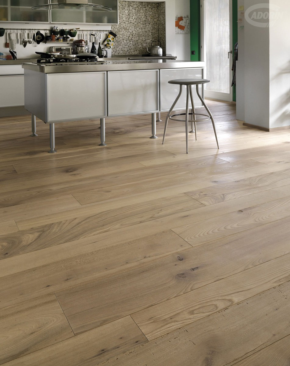 Casera Elm - Brushed - Autumn oiled -